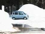 峠のオアシス「ラマ」の駐車場